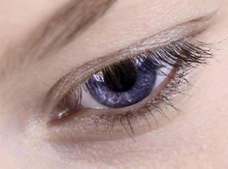 Капли для глаз не помогут улучшить зрение