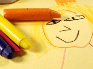 Когда начать рисовать с ребенком