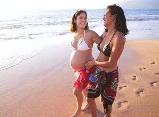 беременные на пляже фото