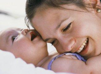 Общение с новорожденным: как с ним разговаривать?
