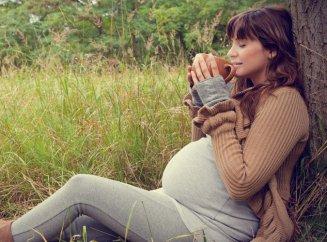 Самые полезные напитки при беременности: рейтинг